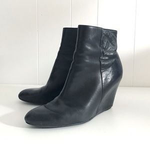 Via Spiga Abri Wedge Booties Black Leather | 7.5